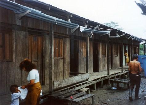 KK-albergue 2-los ultimas que quedaron para desmontar-2000