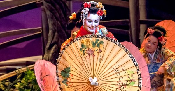 madama butterfly becomes miss saigon