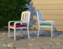 mts_plasticbox-1524843-chair-brock_override