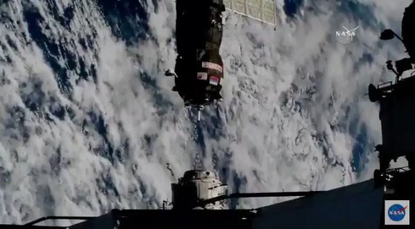 progress ms09 set for fasttrack rendezvous with iss - 674×374