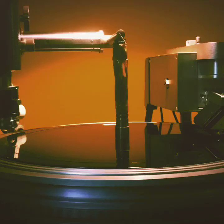 Image for the Tweet beginning: ...and we're off! #vinyl #vinylmastering