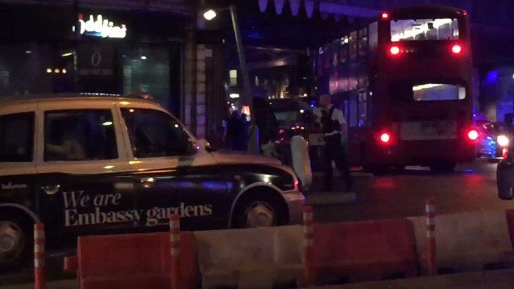 Múltiplos incidentes em Londres deixam mortos