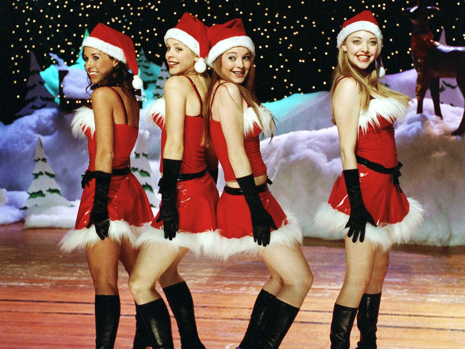 RT @The1DMofo: FIFTH HARMONY DANCING OR THE MEAN GIRLS PERFORMANCE OF JINGLE BELL ROCK 99% OF PEOPLE WILL GET THIS WRONG http://t.co/PVn ...