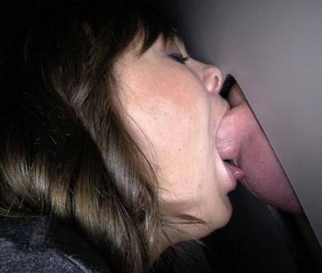Amazing Deepthroat Babe Gobbles The Goo During Her First Gloryhole Adventure Gloryhole Deepthroatpic Twitter Com Fuf6nnw0bw