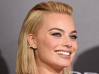 """Neighbours colleagues recall a young margot robbie """"didn't ..."""
