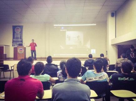 Distribuciones Gnu/Linux y Seguridad Informatica - Cristian Ciro