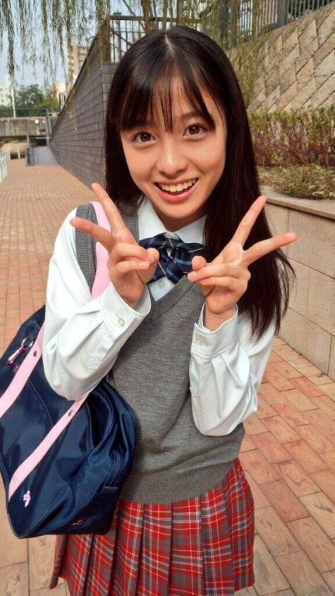 「橋本環奈 制服」の画像検索結果
