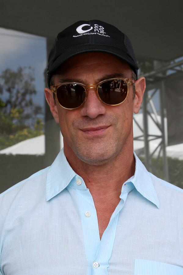 This Is A PSA About How Wonderful Christopher Meloni Is On ...