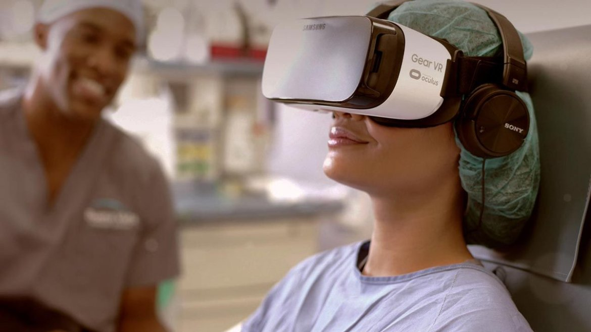 Managing Pain & Anxiety in Hospitals with AppliedVR. #VR #axschat