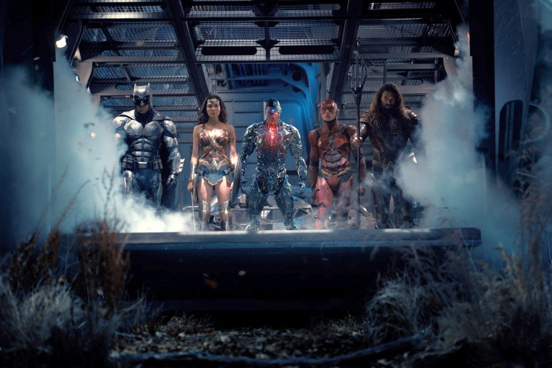 New Justice League Photo Assembles The Team