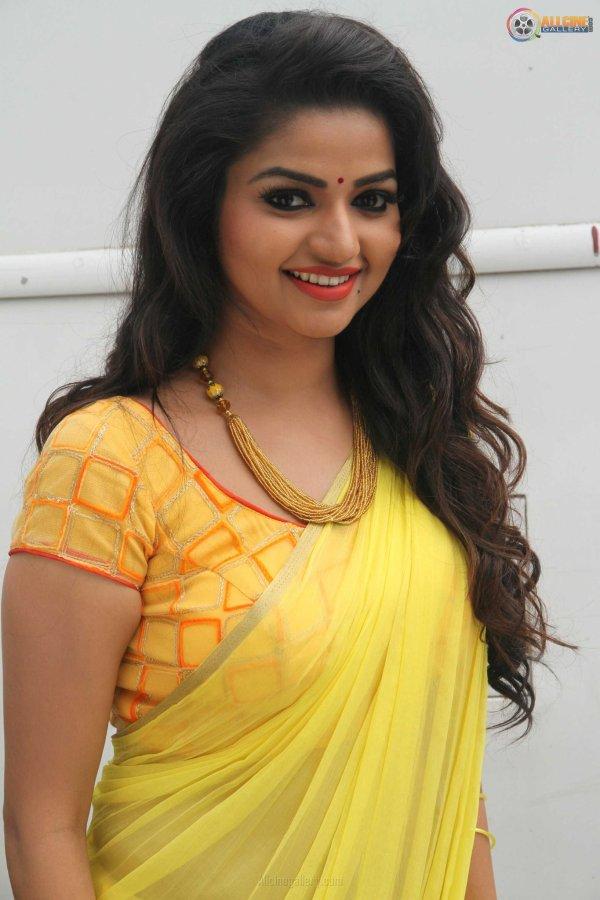 "AllCineGallery on Twitter: ""#Nandhini Serial Actress # ..."