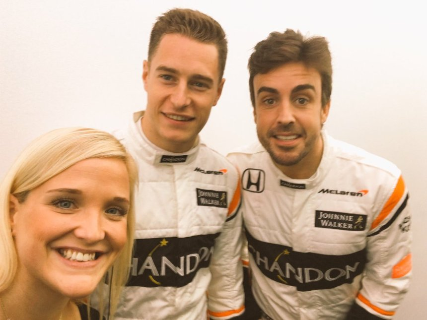 """Charlotte Sefton on Twitter: """"Hard work, late nights and zero sleep, but we  SMASHED it 👊🏻. And still time for a #BackstageSelfie 📸. #OneTeamOneDream  #MCL32 Next stop: 🇪🇸.… https://t.co/uHH6PiM2uJ"""""""