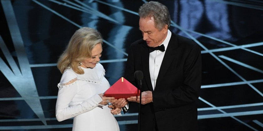 Celebrities freak out over Best Picture debacle at the #Oscars