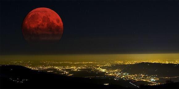 test ツイッターメディア - 全米各地で観測された皆既月食。血のように赤い月「ブラッドムーン」の美しい写真。 https://t.co/CSLxpeMt2F