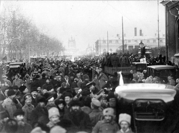 "Patrick Chovanec on Twitter: ""Mar 12, 1917 - Mutinous army ..."