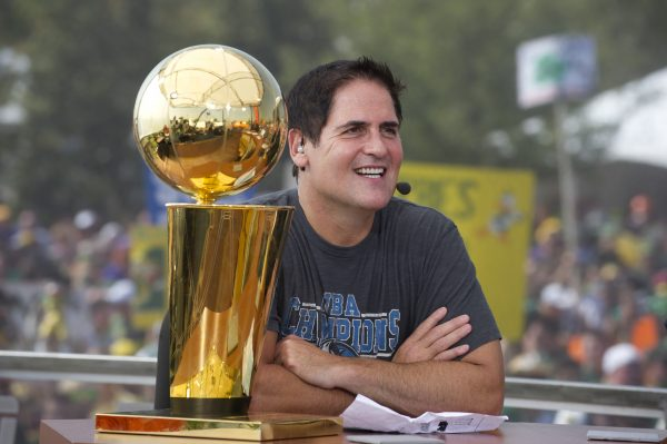 Dallas Mavericks' @mcuban On State Of Virtual Reality, Esports Team Investment #SportsTech
