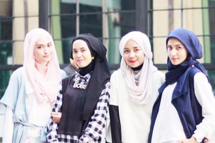 4 Tipe Mahasiswi Cantik yang ada di UIN