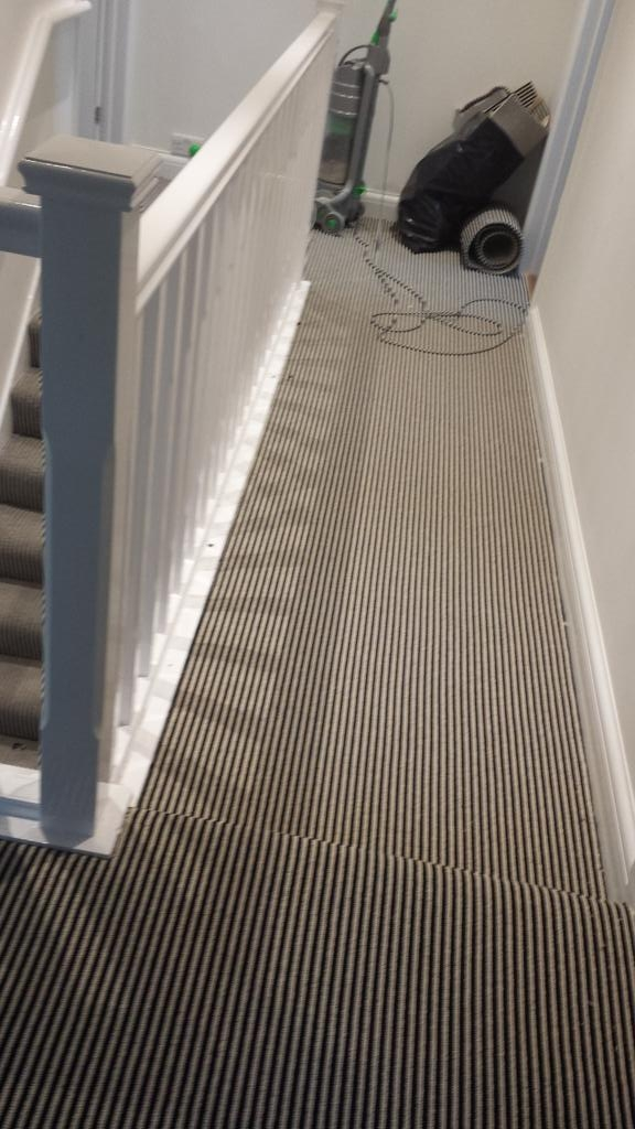 Arc Flooring And Carpets On Twitter Stylish Black And White | Berber Carpet For Stairs | Decorative | Waterfall Stair | Sophisticated | Durable | Master Bedroom