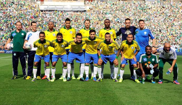 """ge على تويتر: """"Em homenagem, Palmeiras deve usar camisa amarela contra o  Cruzeiro http://t.co/vc5ejjsS5y http://t.co/UdjJWmfjpE"""""""