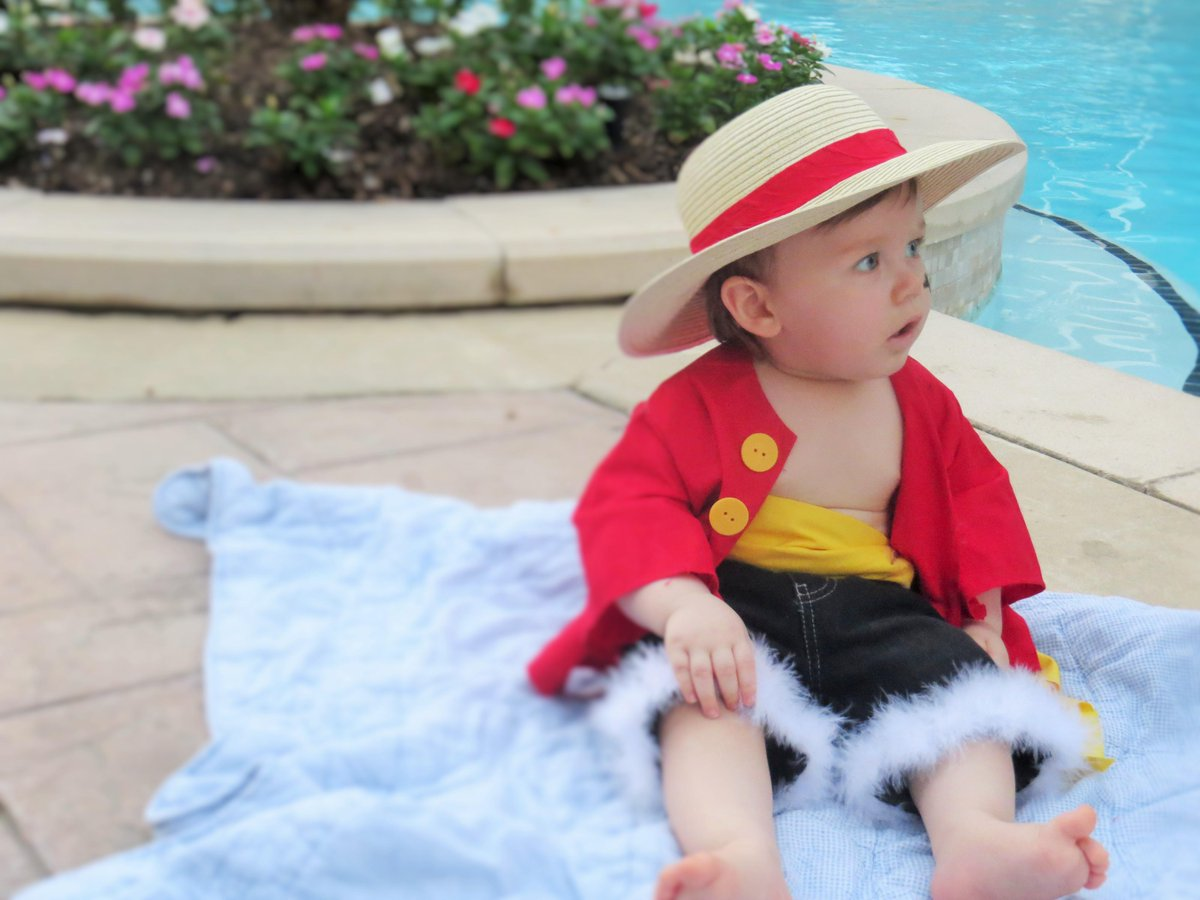 Luffy right before the two year timeskip. Jessica V Twitter Here Are Some Of My Favorite Shots Mugiwara King Of The Pirates Monkey D Luffy As A Baby Cosplay 3 Http T Co Wrqe30cwkq