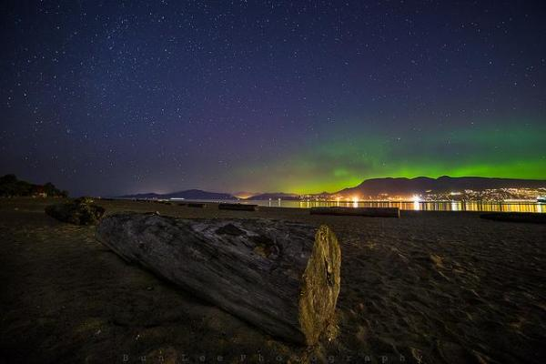 "Universe Today on Twitter: ""City Aurora by @bunlee https ..."