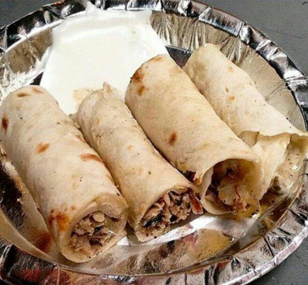 "Su on Twitter: ""For the love of food <3 @albake, NFC Chicken shawarma #yum #delhi #delhidiaries #sodelhi #Dfordelhi https://t.co/k6Kdd5brqp"""