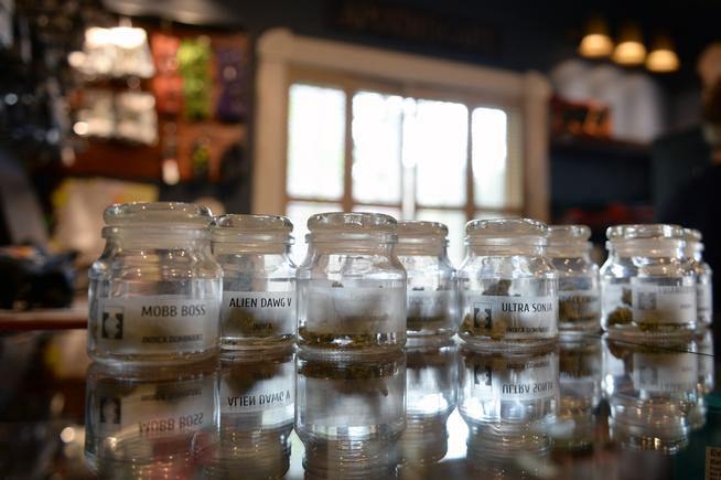#Colorado tourists may soon be able to buy as much marijuana as residents  #MME #cannabis #CO