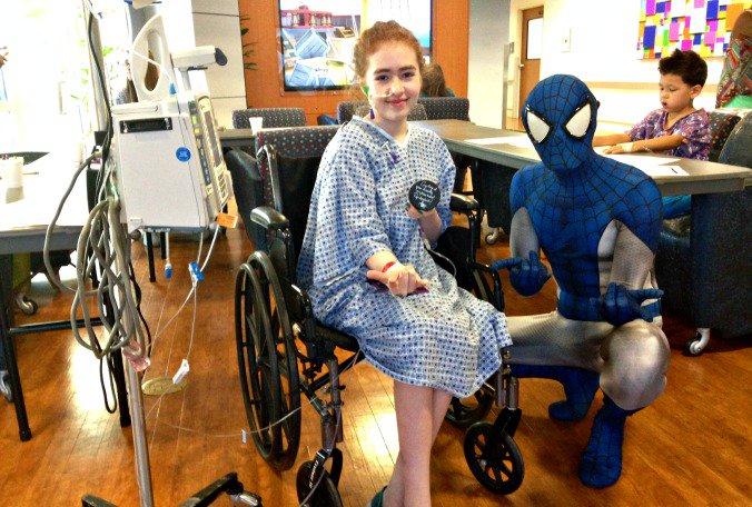 #Lightning fan @Spidey_bolt brings #GoodLuckPucks to hospitalized kids  @AmyMariani #goodnews