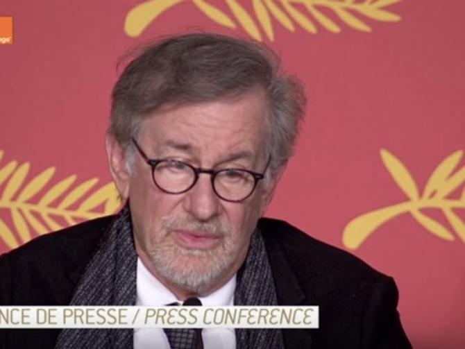 Steven Spielberg says #VR is a 'dangerous' movie medium