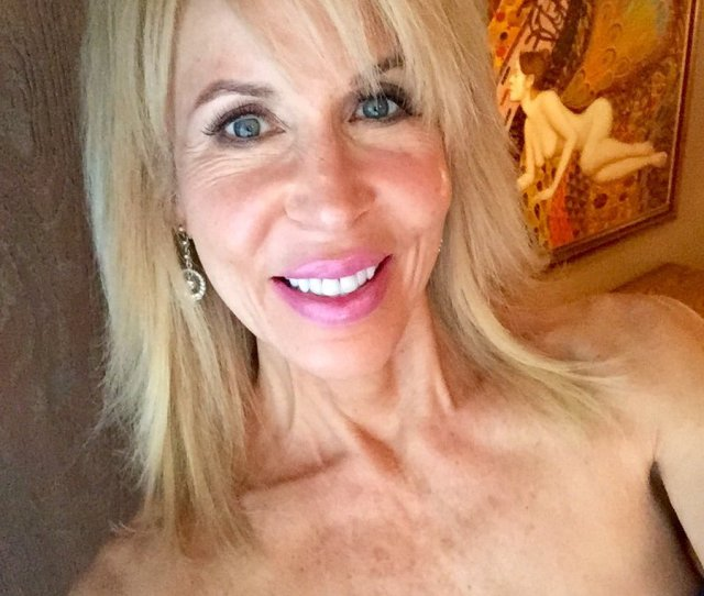 Erica Lauren On Twitter Im Taking Calls Right Now On Niteflirt Until Pm Pacific Call   To Flirt Ext