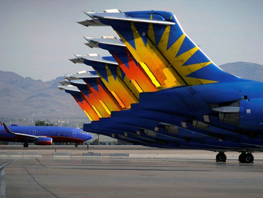 Allegiant flight making emergency landing in St. Pete