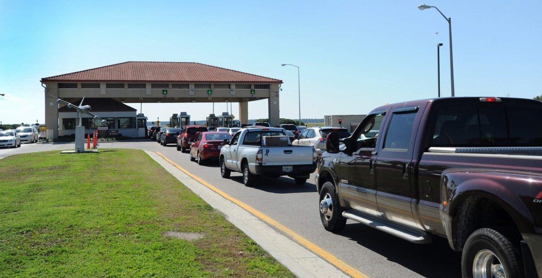 Jolly, Latvala: MacDill traffic gridlock creates security threat  by @haltman @TB_Times