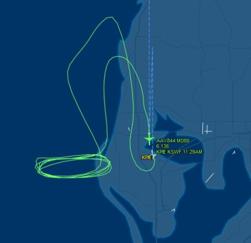 A telling image of flight pattern of the Allegiant jet flight to nowhere via @TB_Times