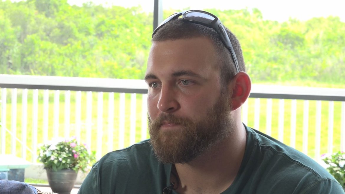 Wounded veteran receives free home built for a hero  @GarinFlowers has the touching story: