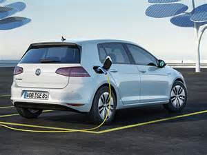 Germany invests €1bn in electric car subsidies & nationwide network of roadside chargers