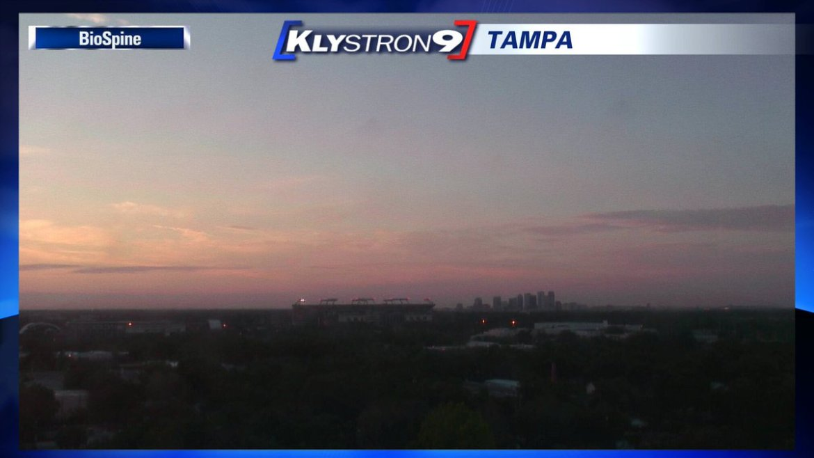 Juli Marquez: Sunrise in #Tampa. Visit our #MemorialDay page for services and events today.
