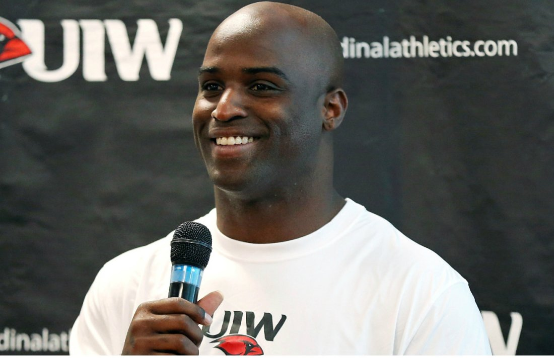 Ricky Williams is Now the Face of a Weed Gym … Wait, What? #Gym #USA #RickyWilliams #NFL
