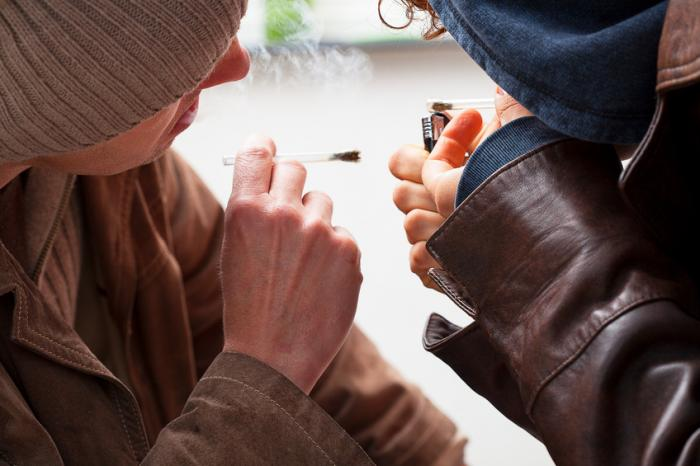 Marijuana, alcohol use may harm teens' mental health, academic outcomes