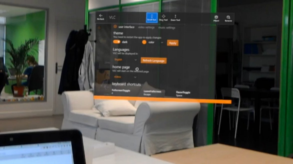 New HoloLens video of the universal VLC app released -
