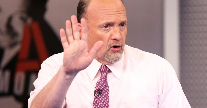 Cramer Remix: Perils of investing in commodities like gold & oil #forex #trading #bitcoin