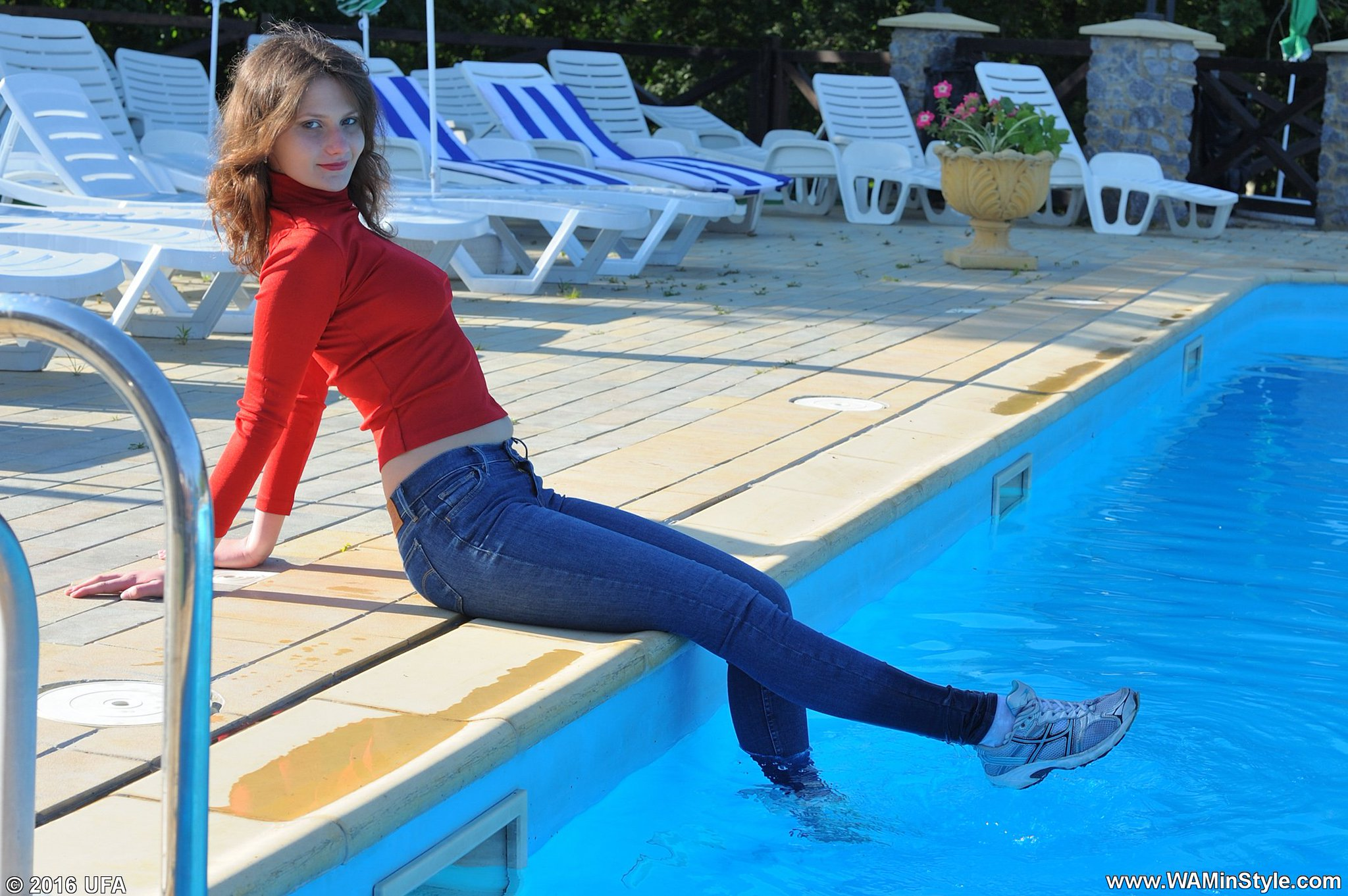 Tanya Ufa On Twitter Quot Kira In Levi S Jeans Swims In The