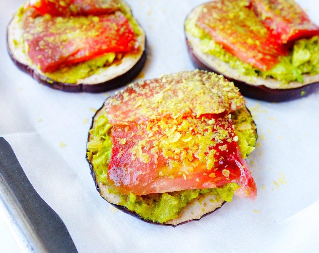 Avocado Tomato Eggplant Rounds , from @megunprocessed