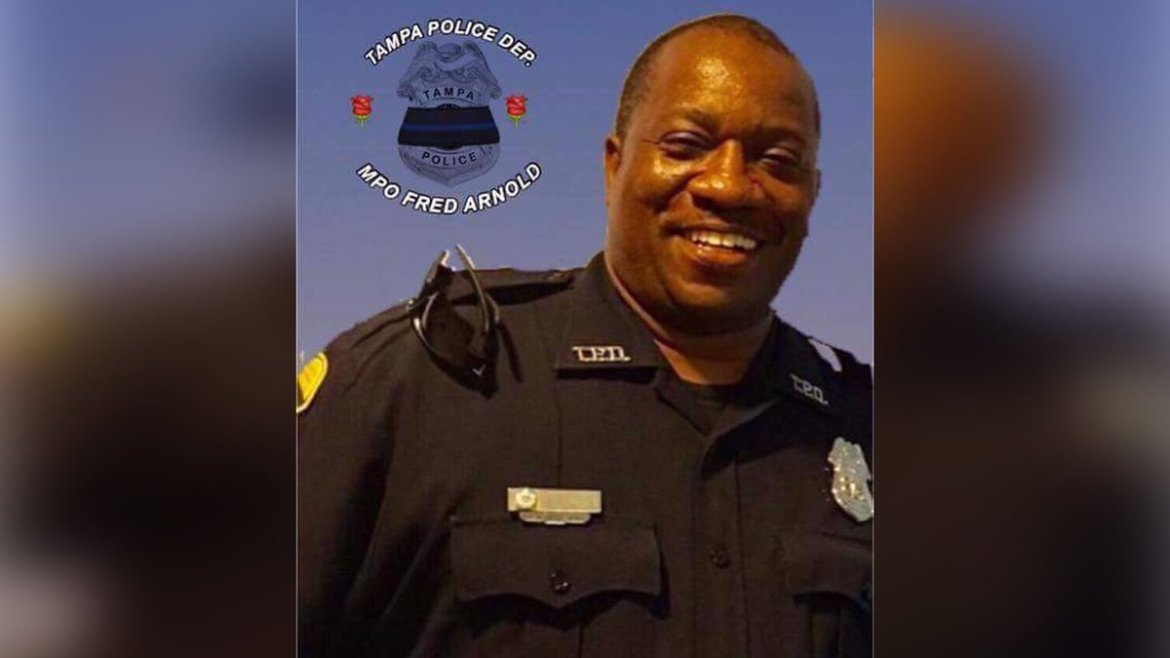 27-year veteran of Tampa Police Department dies unexpectedly during off-duty incident.
