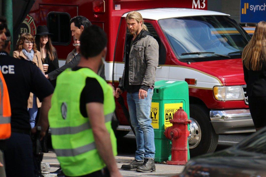 Thor: Ragnarok Set Photos 14