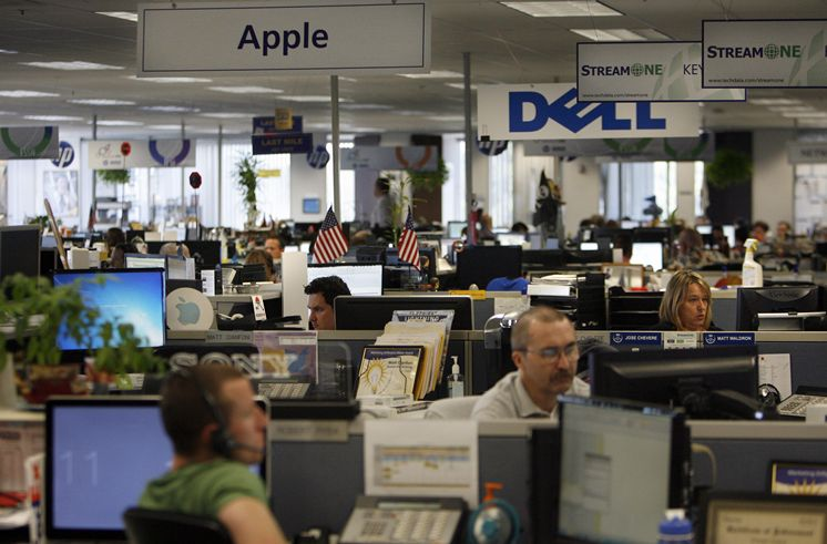 Selling tech products got a bit tougher in latest quarter at Tech Data Corp.
