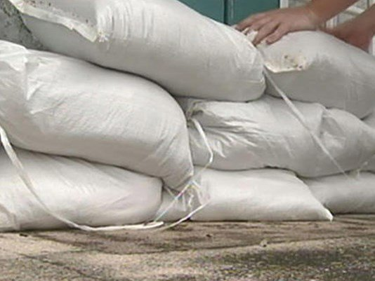 Where you can get free #sandbags : Tampa, Hillsborough, Pinellas, Gulfport.