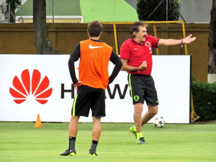 Ricardo La Volpe en el América