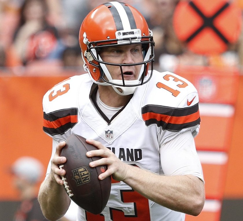 Report: Browns believe Josh McCown will be out for awhile, Cody Kessler may start in Week 3