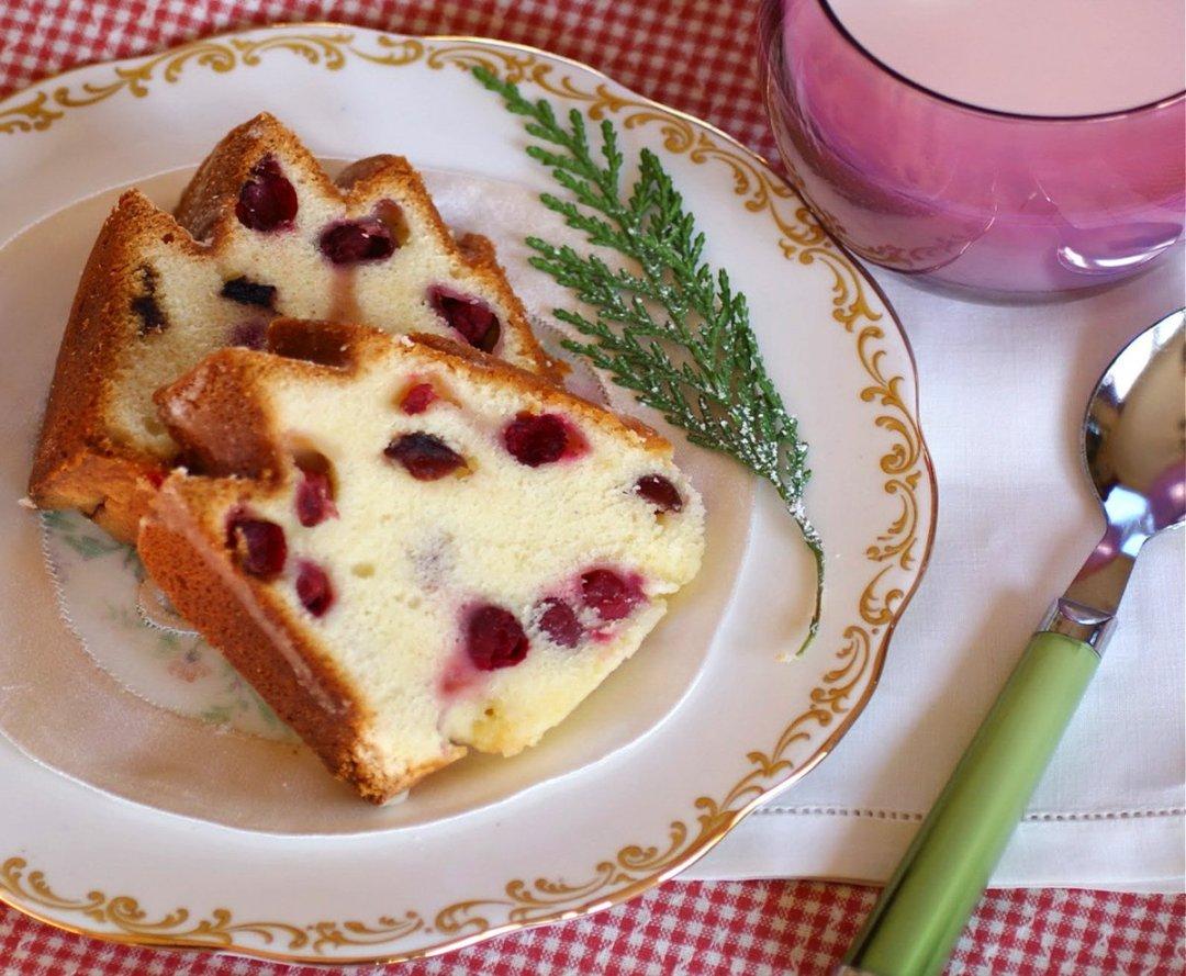 Cranberry Cake -