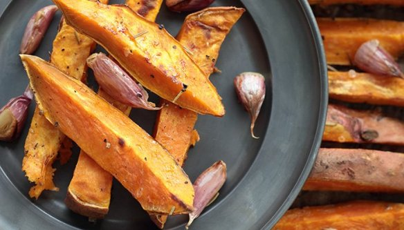 This for Grilled Sweet Potato Fries is so easy. Make them tonight!